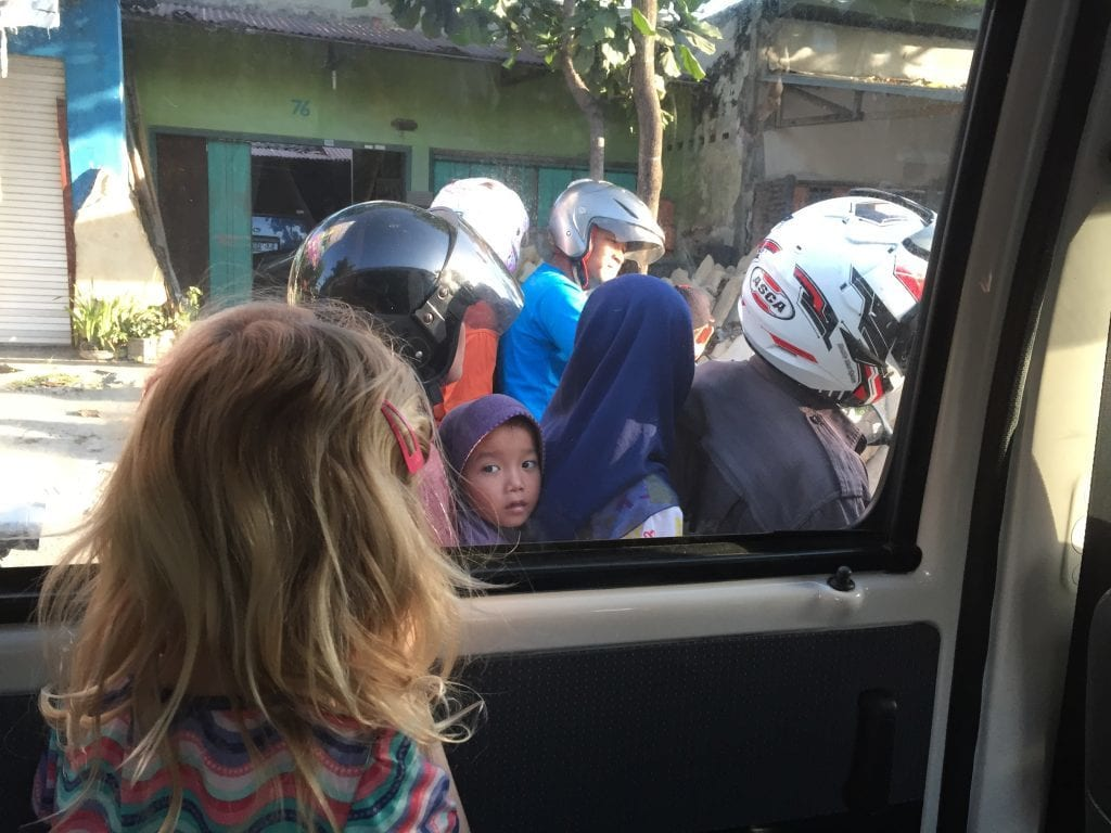 Indonesien - børn - rejser