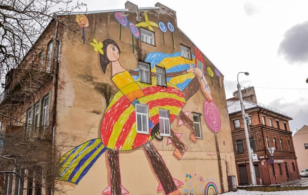 visit-kaunas-lithuania-115 - street art