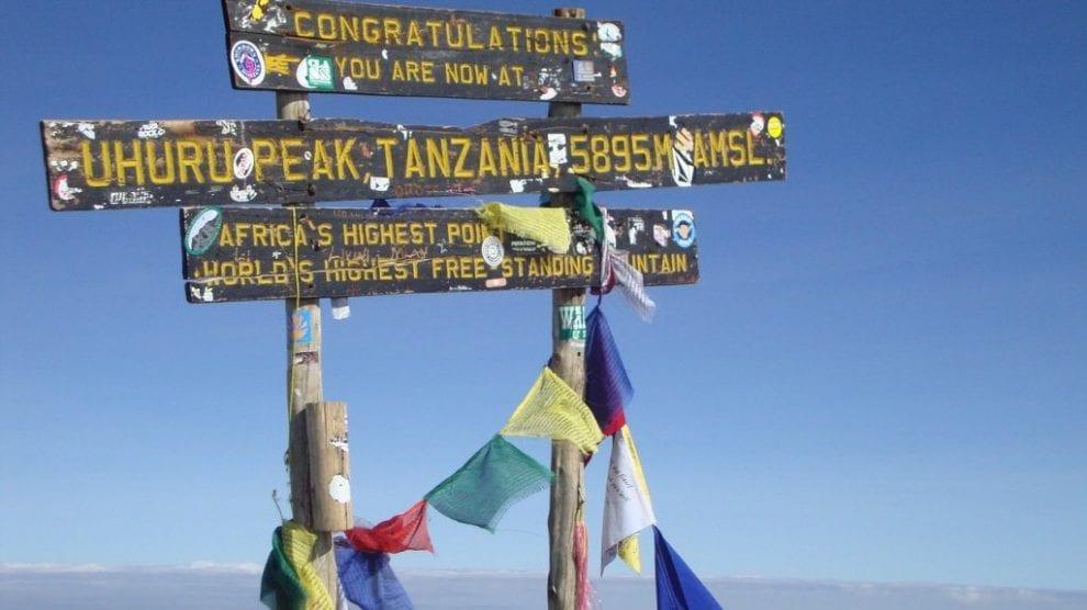 Tanzania - Kilimanjaro, skilt - rejser