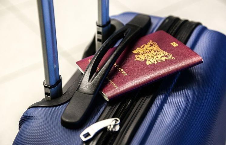 Lufthavn - pas kuffert - rejser