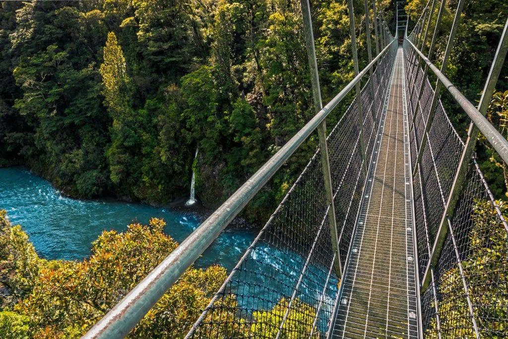 New Zealand - Waiohine Gorge - bro