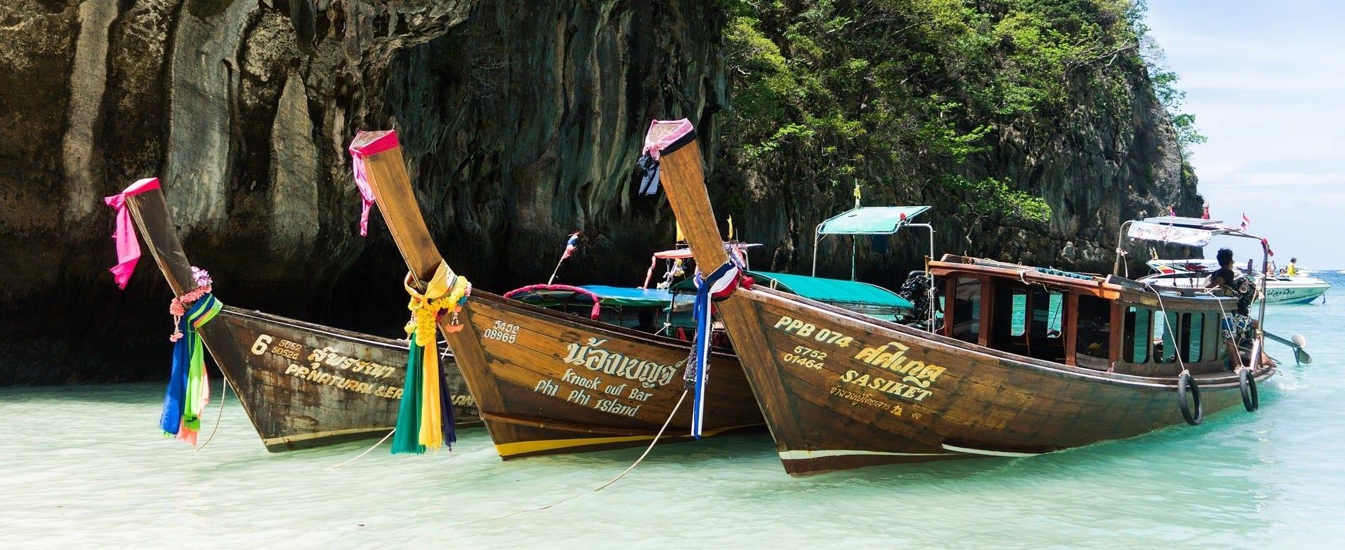 Thailand - Phi Phi Islands, både, strand - rejser