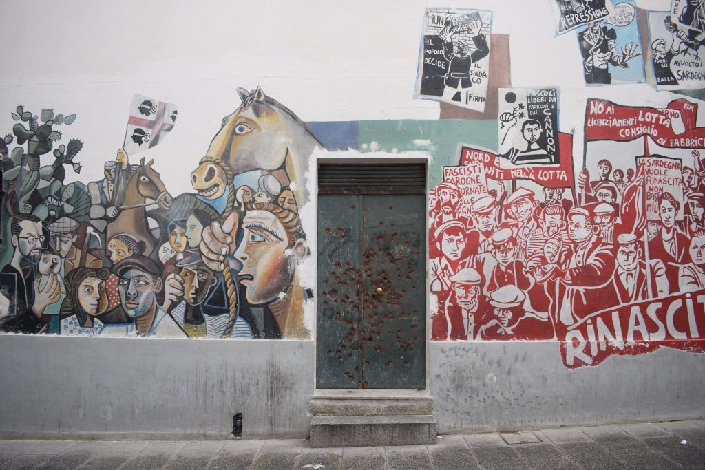 Italien - Sardinien, Orgosolo, vægmaleri - rejser